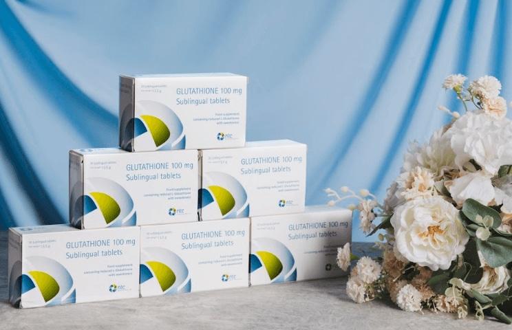 review Viên ngậm trắng da Glutathione từ Ý có tốt không, thành phần, tác dụng của sản phẩm thế nào, giá bán bao nhiêu, mua ở đâu chính hãng